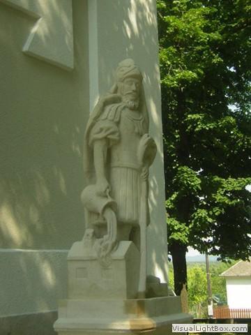 Szent Vendel és Flórián szobrok